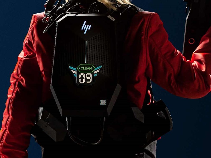 The backpack provided has no wires and renders your game at lightning speeds.